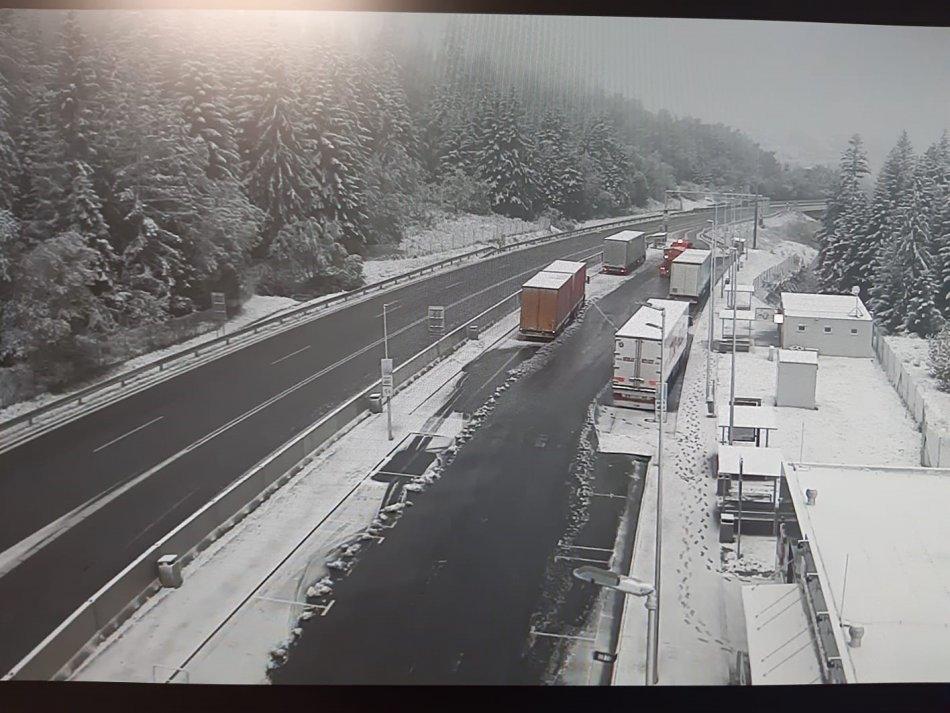 sneh-doprava-zilinsky-kraj-policia-zima-