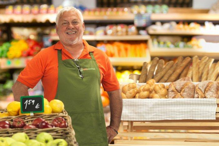 bcbba9b12402 Ilustračný obrázok k článku Majiteľ miestneho obchodu Ján Kučera zo Žiliny   Zaujímajú nás zákazníci a